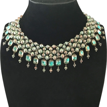 De Luxe Collar Iridescent Vintage Necklace