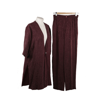 Picture of Sorelle Fontana Silky maroon vintage shirt & trouser suit