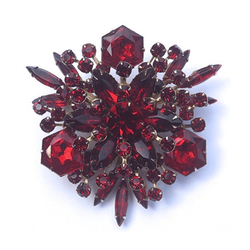 Picture of Cathé Glass Ruby Red vintage Brooch
