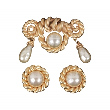 Chanel Gold Metal & Faux Pearl vintage Earrings & Brooch Set