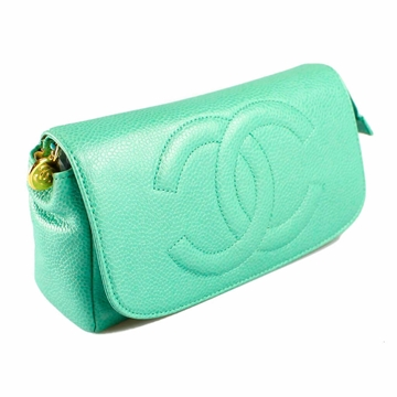 chanel-mint-green-leather-make-up-bag