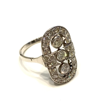 Art-deco 1920s vintage platinum & diamond princes ring