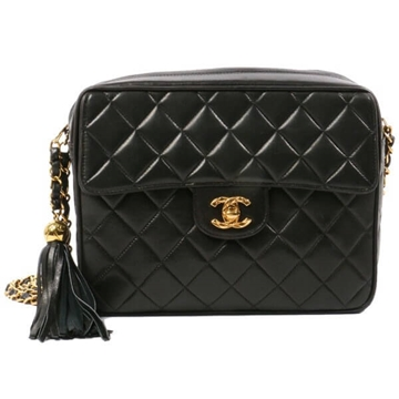 Chanel Turn-lock Fringe Black vintage shoulder bag