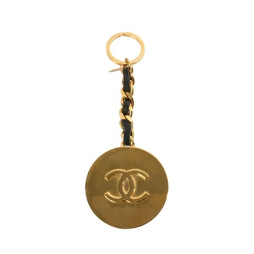 Chanel Large CC logo Disc and chain gold tone Vintage Key Ring