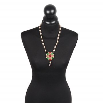 Chanel 1985 Glass Pearl &  Gripoix Medallion vintage necklace