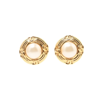 Chanel 1990s Round Monogram Embossed Pearl Gold Tone Vintage Earrings