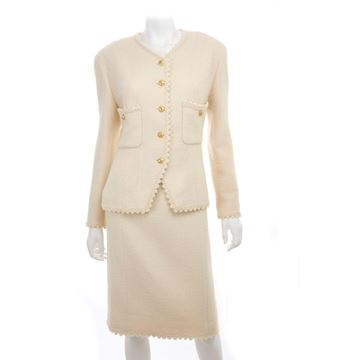 Chanel 1980s Picot Edge & Gold Button detail cream vintage suit