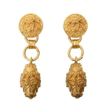 Chanel 1990s Rivet Textured Lozenge Drop Gold Tone Vintage Earrings