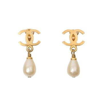 Chanel 1990s CC logo Clip Faux Pearl Drop Vintage Earrings