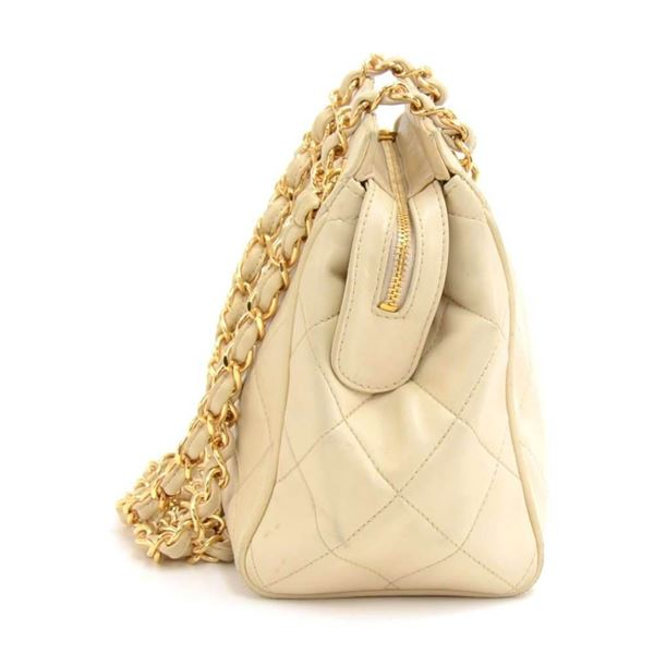 7e8c8b4ee71143 Vintage Chanel Beige Quilted Lambskin Leather Small Shoulder Bag
